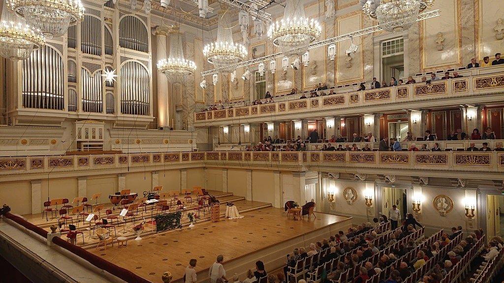 Берлинский драматический театр внутри